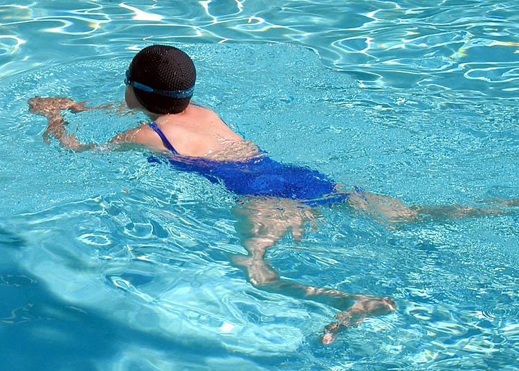 カナヅチだけど泳ぎたい