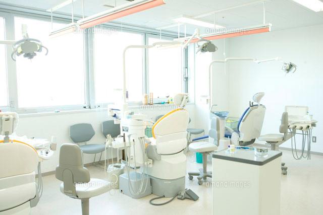 ちょっと強気でキレイな歯科衛生士さん
