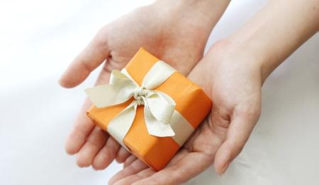 恋人へのプレゼント事情