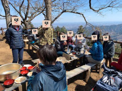 【山頂お餅つき報告(おまけ)】日本酒に抹茶に…何でもあり