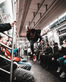 電車の中の過ごし方